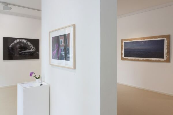 CIRCLES - new photographs by Tomohide Ikeya, installation view