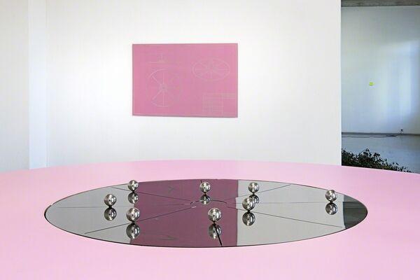 Cumspin, installation view