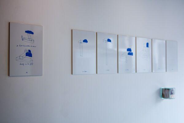 Peso Morto, Corpo Vivo (Dead Weight, Body Alive), installation view