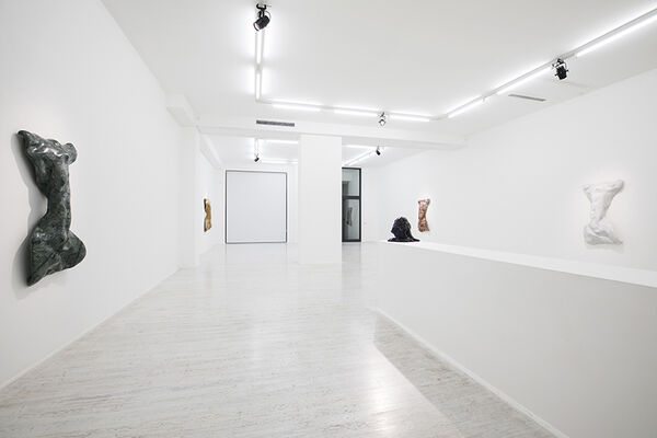 Benglis and the Baroque, installation view