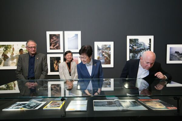 Picturing Asia: Double Take – The Photography of Brian Brake and Steve McCurry, installation view