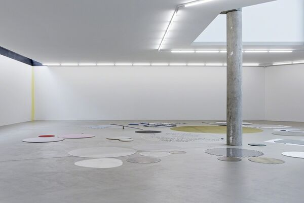 Joëlle Tuerlinckx. Nothing for Eternity, installation view