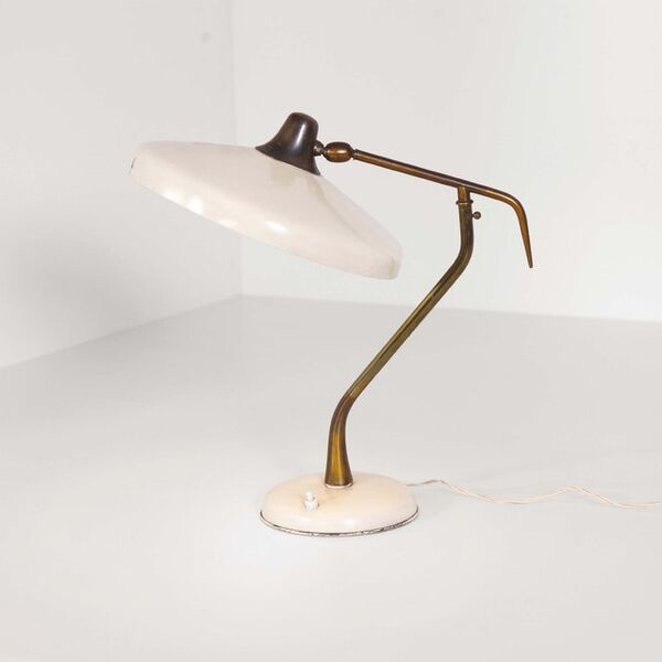 Oscar Torlasco, 'A brass and lacquered aluminum table lamp', 1950 ca.
