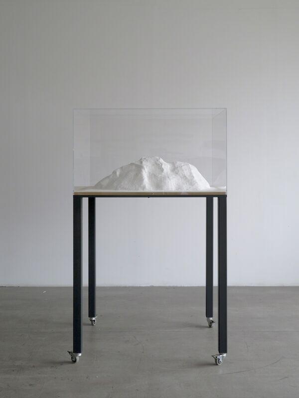 Sergi Aguilar, 'Awbari', 2013, Sculpture, Yeso, acero, policarbonato, Casa Sin Fin