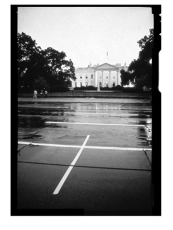 Lotty Rosenfeld, 'La casa blanca - Washinton', 1982 -2014, Photography, Aninat Galeria