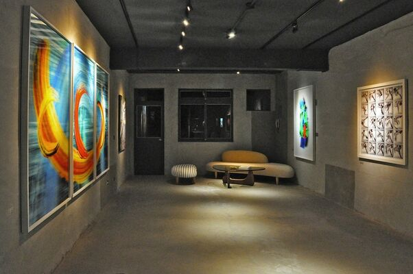 Pontone Gallery Taiwan   傑夫.羅伯 立體攝影個展   Jeff Robb solo exhibition, installation view