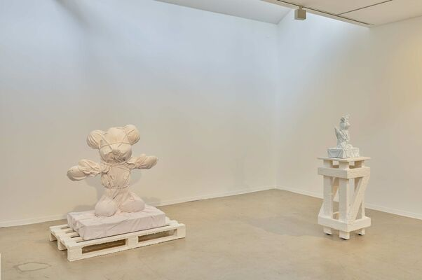 Daniel Arsham - Static Mythologies, installation view