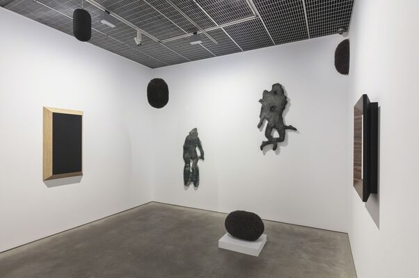 Richard Artschwager: Self-Portraits and the American Southwest, installation view