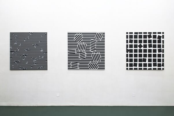 ESTHER STOCKER [IT] – on architecture, installation view
