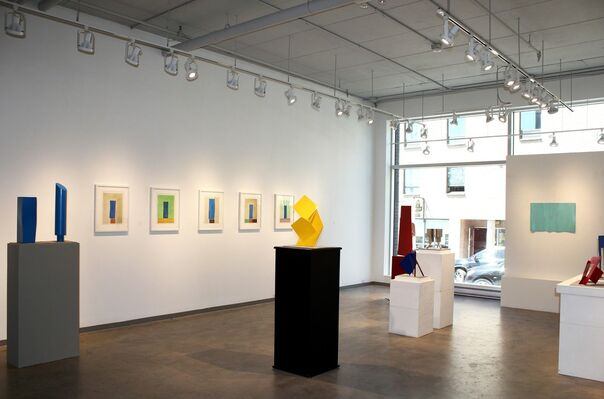 Robert Murray: Models, Paintings and Sculpture, installation view