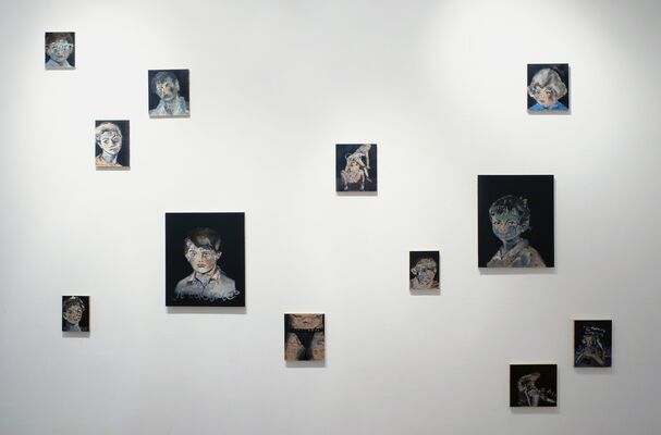 RUN TO  ME, installation view