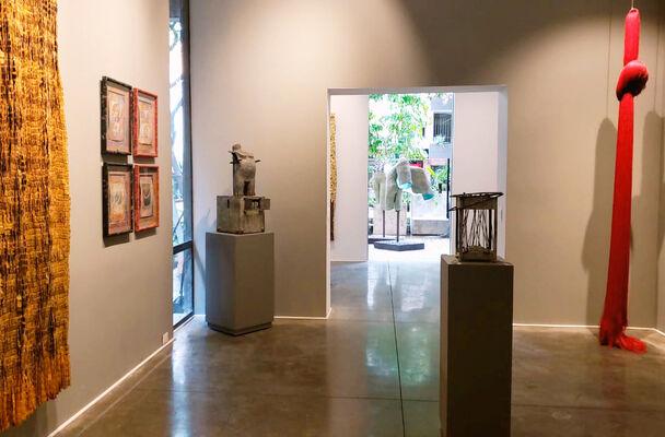 Jim y Olga de Amaral, installation view