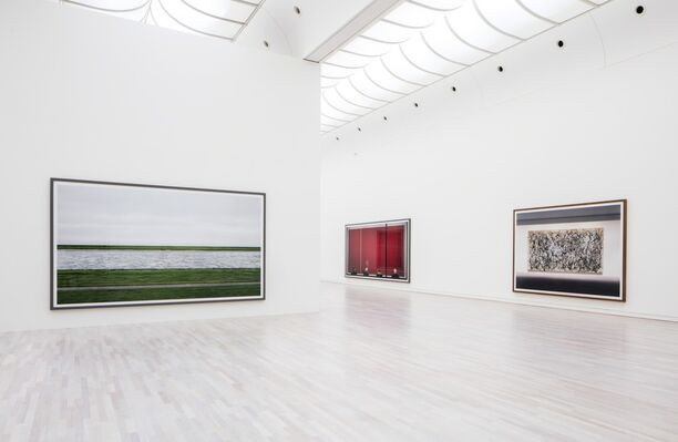 Andreas Gurksy - not abstract, installation view