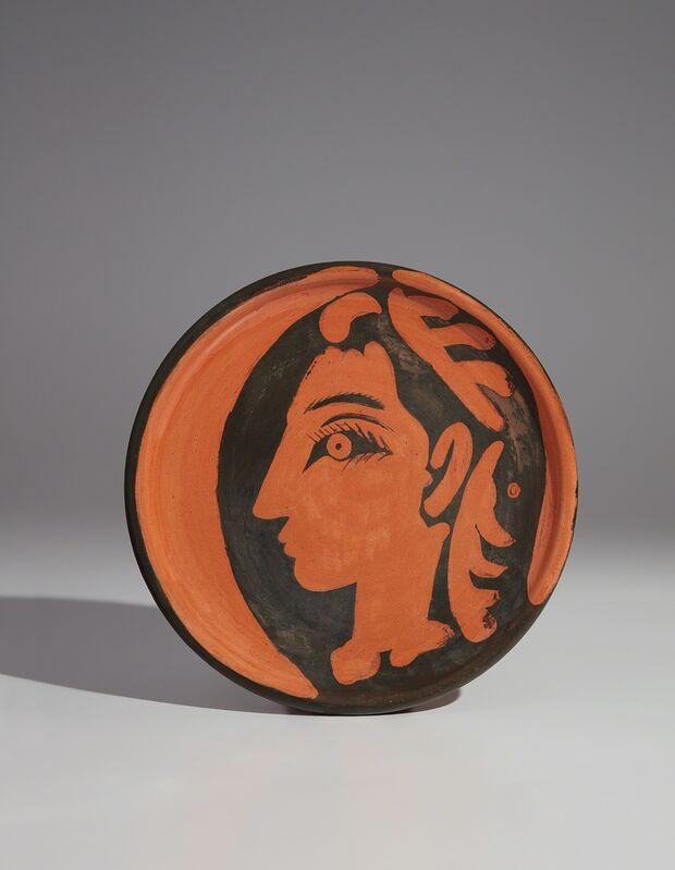 Pablo Picasso, 'Jacqueline's profile (Profil de Jacqueline)', 1962, Design/Decorative Art, Red earthenware round plate, painted in black with partial brushed glaze, Phillips