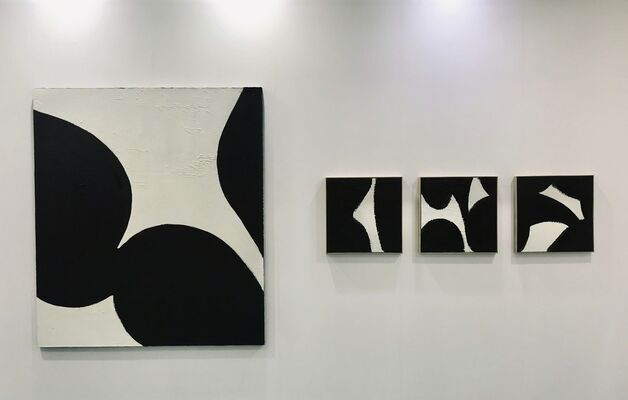 Aura Gallery at Art Central 2019, installation view