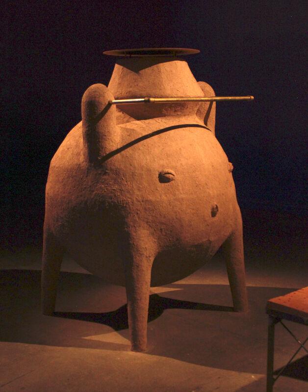 Gabriel Chaile, 'El motor', 2019, Sculpture, Metal structure, adobe (clay, sawdust, wood shavings and vinyl glue), bronce, iron and bricks, Barro