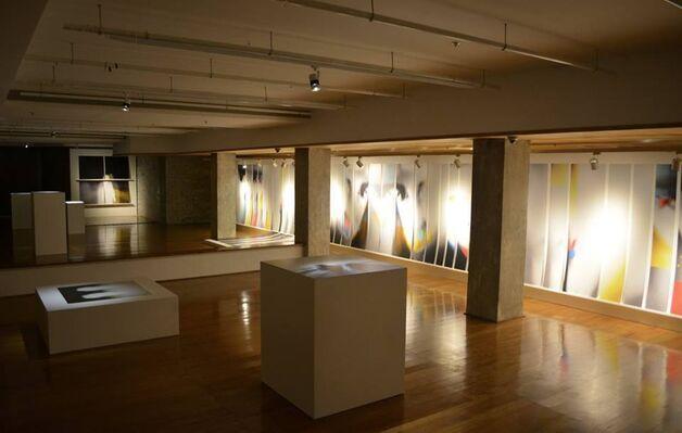 Split | Alec Von Bargen Solo Exhibition, installation view