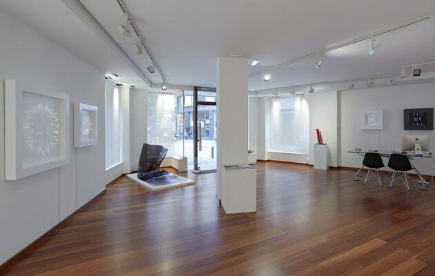 EN SILENCIO, installation view