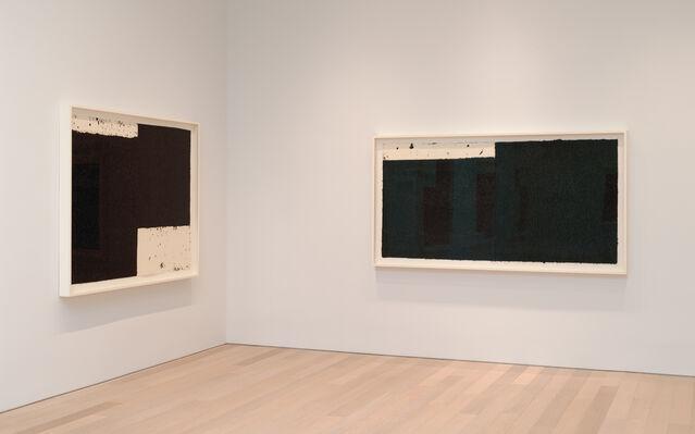 Richard Serra: Triptychs and Diptychs, installation view