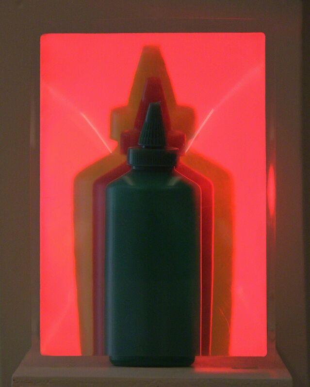 Francisco Cancino, 'Ají, mostaza, ketchu', 2014, Sculpture, Plastic sauce bottles, magnified lens, electric light, OFICINA BARROCA