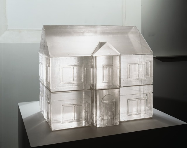 a comparison between the works of maya ying lin and rachel whiteread