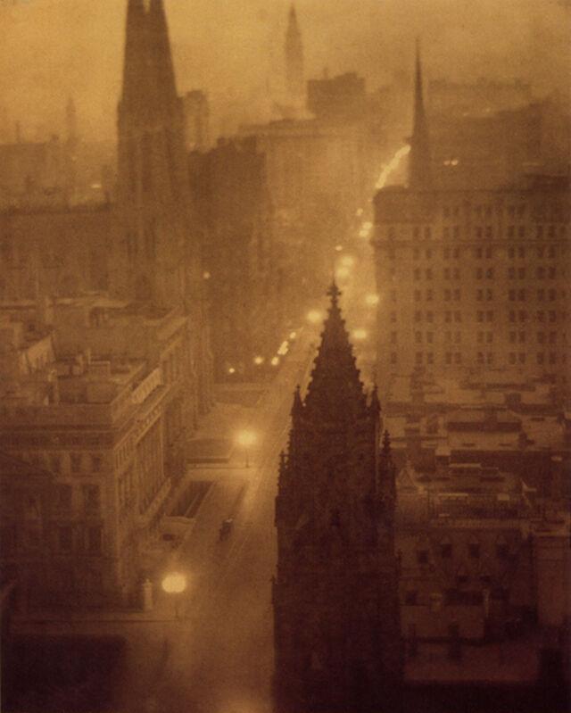 Alvin Langdon Coburn, 'Fifth Avenue from St Regis, New York', 1904, Photography, Modern platinum print, °CLAIRbyKahn Galerie