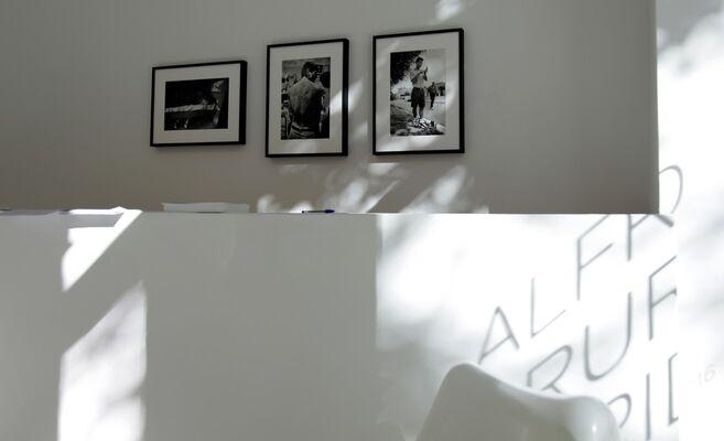 Alfredo Srur - Heridas, installation view
