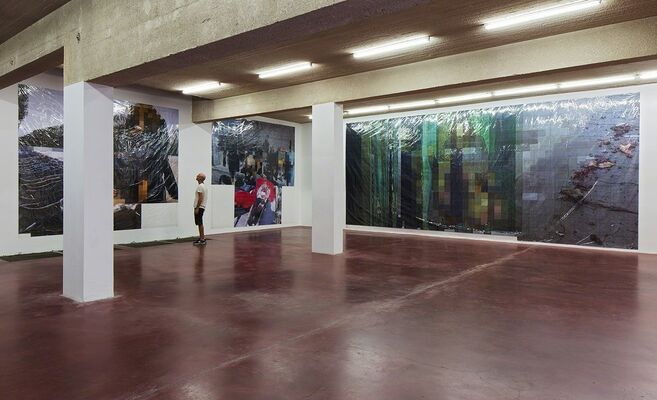 New Pixel-Collage by Thomas Hirschhorn, installation view
