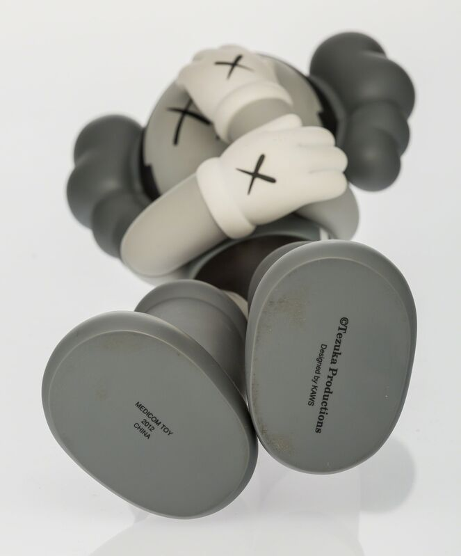 KAWS, 'Astro Boy (Kaws Version) (Grey)', 2013, Other, Painted cast vinyl, Heritage Auctions