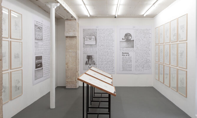 Franz Erhard Walther, 'Sternenstaub, Herausgehoben', installation view