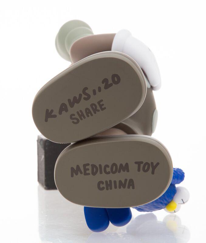 KAWS, 'Share (Brown)', 2020, Sculpture, Painted cast vinyl, Heritage Auctions