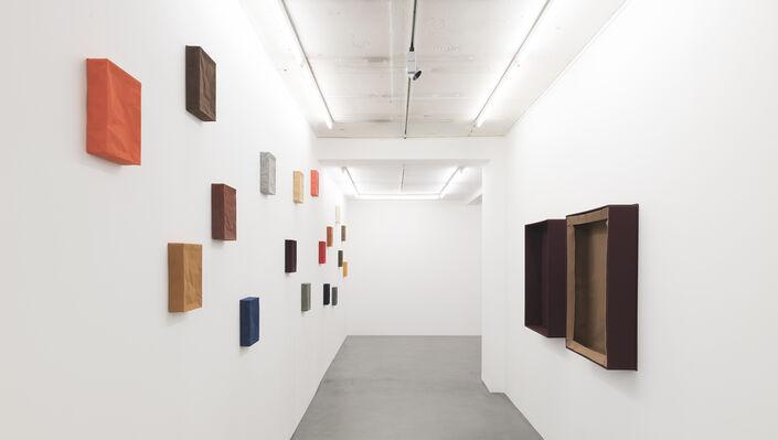 Franz Erhard Walther, 'Du corps vers la sculpture', installation view