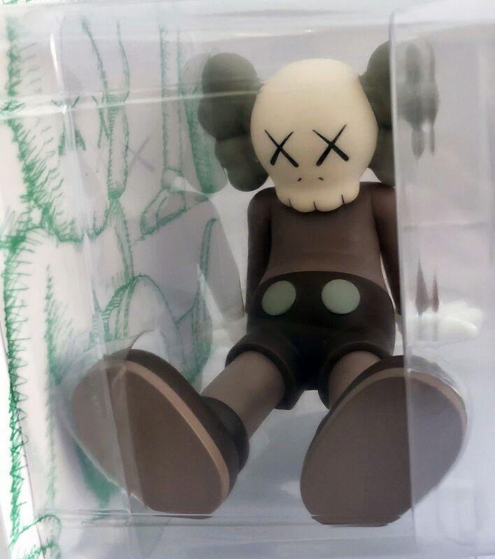 KAWS, 'KAWS Taipei Holiday Companion (KAWS Brown Companion)', 2019, Sculpture, Vinyl figurine., Lot 180