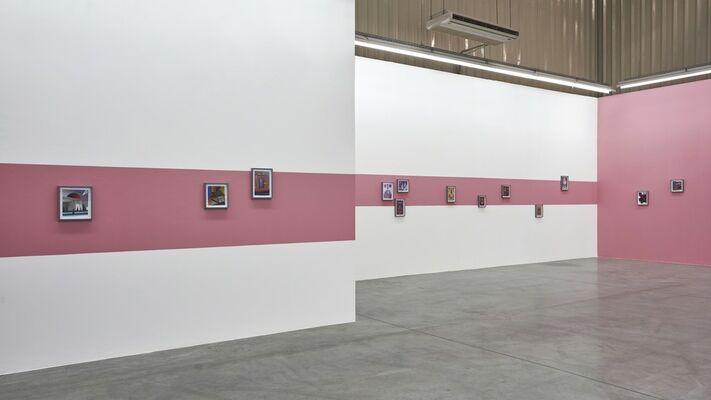 Fantasías, installation view