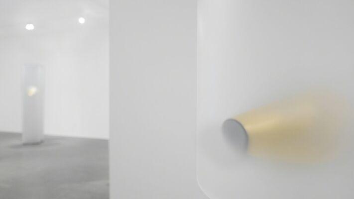 Helen Pashgian   Golden Ratio, installation view