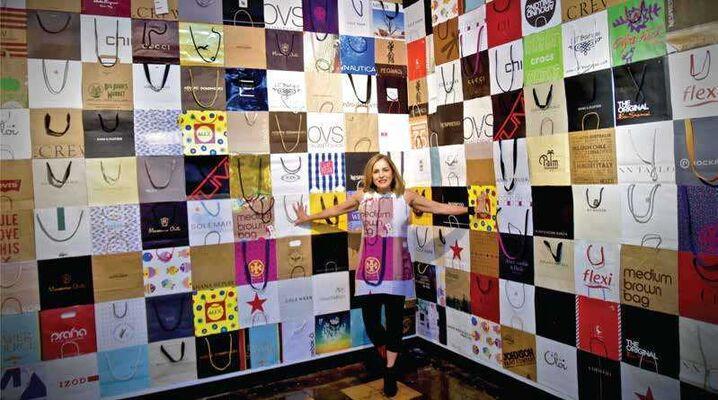 SIGNUM / Karen Clachar, installation view