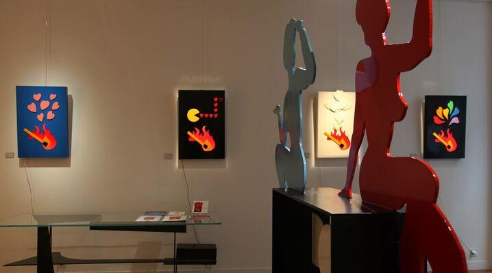 POP LOVE - Fire of Love, installation view