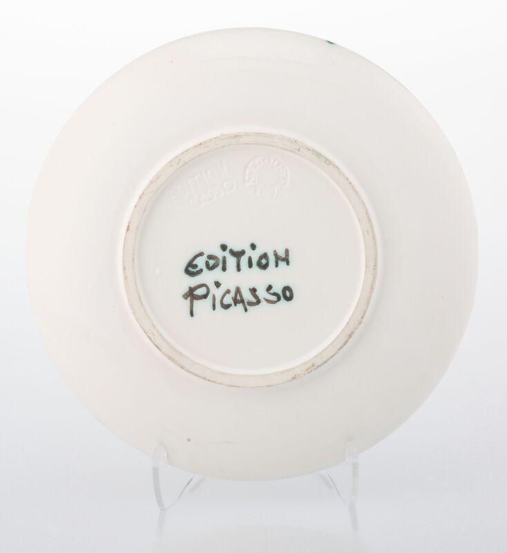 Pablo Picasso, 'Taureau sous l'arbe', 1952, Design/Decorative Art, Terre de faïence plate, painted and partially glazed, Heritage Auctions