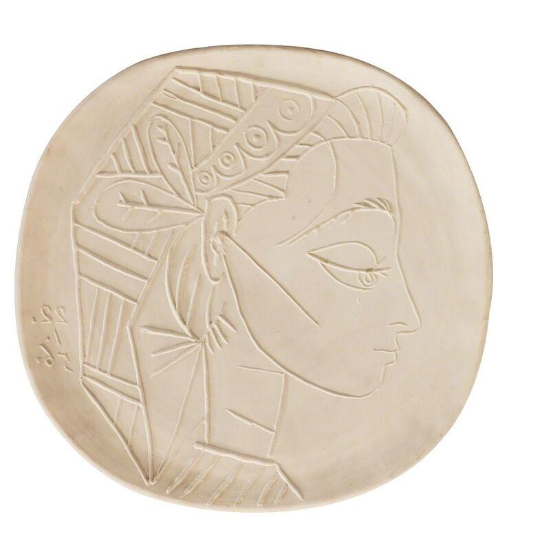 Pablo Picasso, 'Profil de Jaqueline', 1956, Design/Decorative Art, White ceramic plate, Finarte
