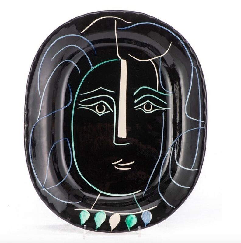 Pablo Picasso, 'Visage au collier (A.R.220)', 1953, Design/Decorative Art, Earthenware plate with decor in engobes and oxydes in blue white, and black., HELENE BAILLY GALLERY