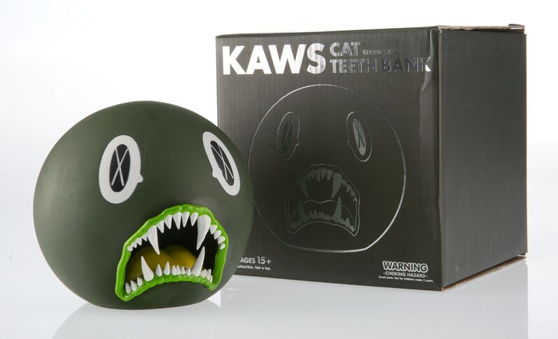 KAWS, 'Cat Teeth Bank (Green)', 2007, Sculpture, Painted cast vinyl, Heritage Auctions