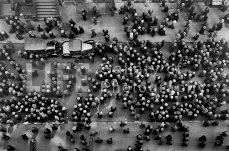 Margaret Bourke-White, 'Hats in the Garment District', 1930, Photography, Silver Gelatin Print, Contessa Gallery