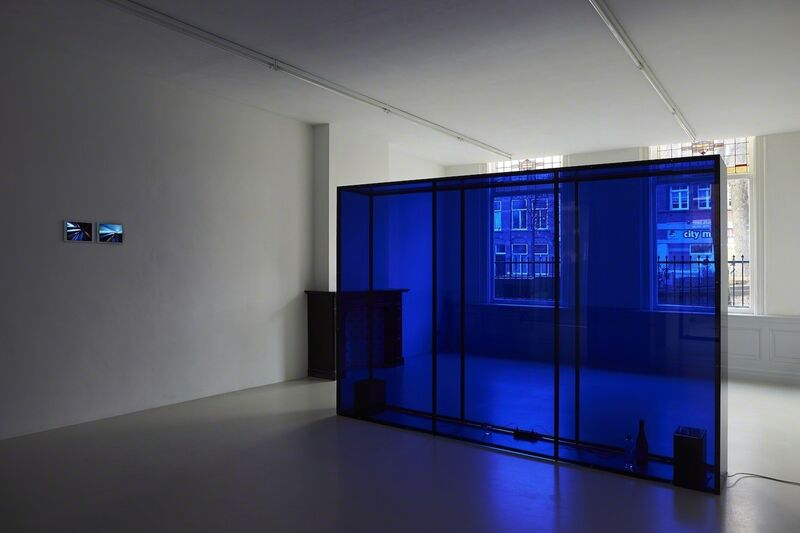 Massimo Grimaldi, 'October 2014 Playlist', 2014, Installation, 20 songs, Apple iPod, speakers, methacrylate structure, West Den Haag