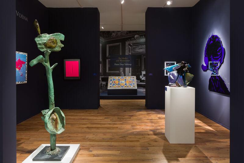 Joan Miró, 'L'Oiseau au plumage rougeatre annonce l'apparition de la femme emblouissant de beaute', 1972, Sculpture, Bronze with green and brown patina, Robilant + Voena
