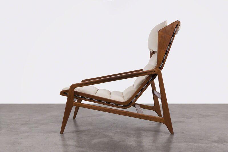 Gio Ponti, 'Armchair Mod. 811 ', 1957, Design/Decorative Art, Walnut Wood and Fabric, Giustini/Stagetti Galleria O. Roma