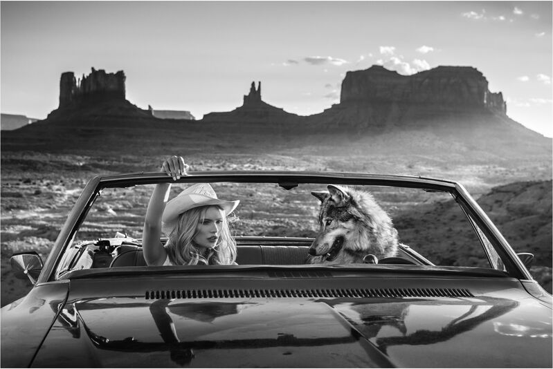 David Yarrow, ' The Break Up', 2018, Photography, Museum Glass, Passe-Partout & Black wooden frame, Leonhard's Gallery