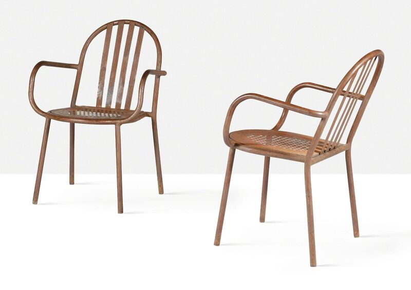 Robert Mallet-Stevens, 'Pair of armchairs', circa 1950, Design/Decorative Art, Painted steel, Aguttes