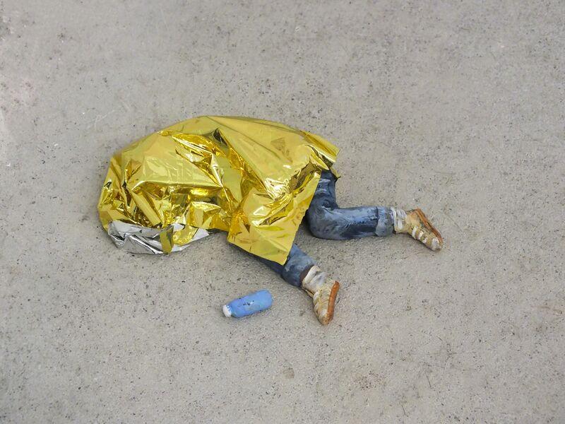 Karine Giboulo, 'Wellen (Schlafender - Gold)', 2017, Sculpture, Polymer clay, security blanket, acrylic, Art Mûr