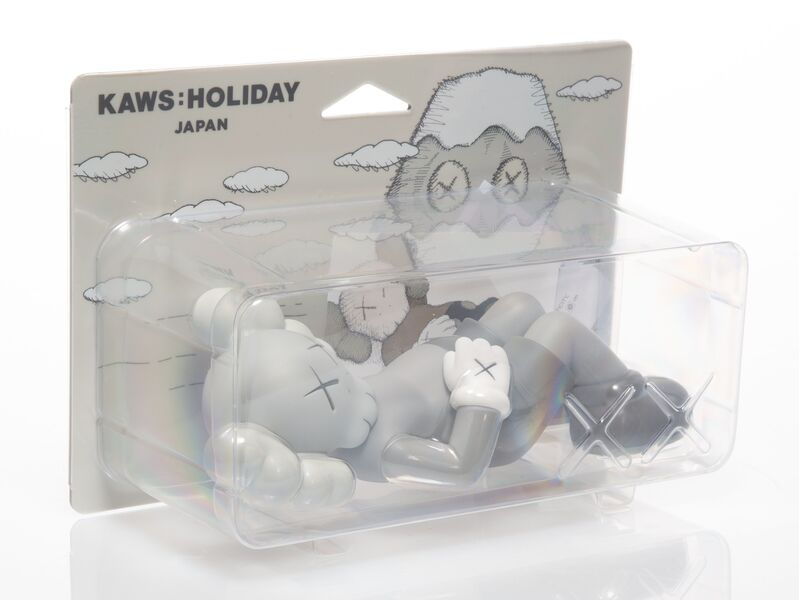 KAWS, 'Holiday: Japan (Grey)', 2019, Sculpture, Painted cast vinyl, Heritage Auctions