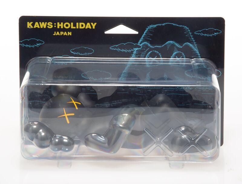 KAWS, 'Holiday: Japan (Black)', 2019, Sculpture, Painted cast vinyl, Heritage Auctions